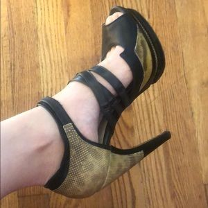 Authentic Jason Wu platform heels (IT38.5/US8)
